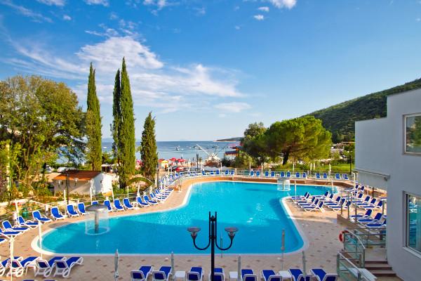 Piscine - Hôtel Mimosa 4* Pula Croatie