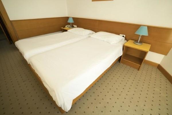Chambre - Hôtel Bravo Club Adriatica 3* Split Croatie