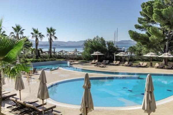 Piscine - Hôtel Amadria Park Ivan 4* Split Croatie