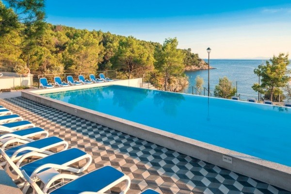 Piscine - Hôtel Gava Waterman Milna 4* Split Croatie