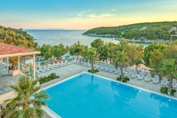 Piscine - Hôtel Gava Waterman Milna 4* Split Croatie