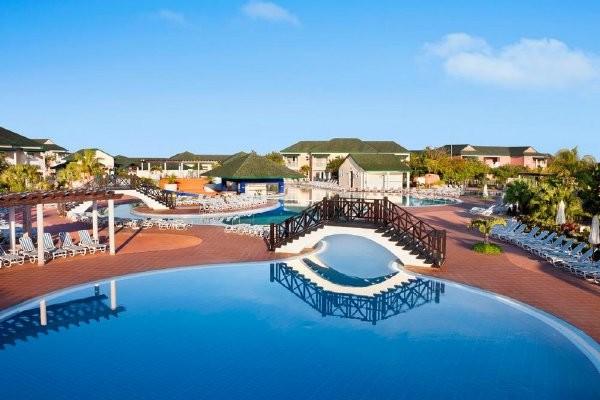 Piscine - Hôtel H10 Ocean Varadero El Patriarca 5*