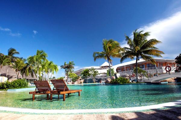 Piscine - Royalton Hicacos Resort