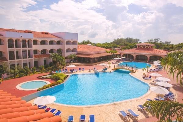 Piscine - Hôtel Starfish Cuatro Palmas 4* La Havane Cuba