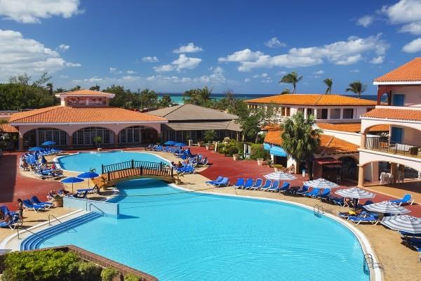 Vue panoramique - Hôtel Starfish Cuatro Palmas 4* La Havane Cuba