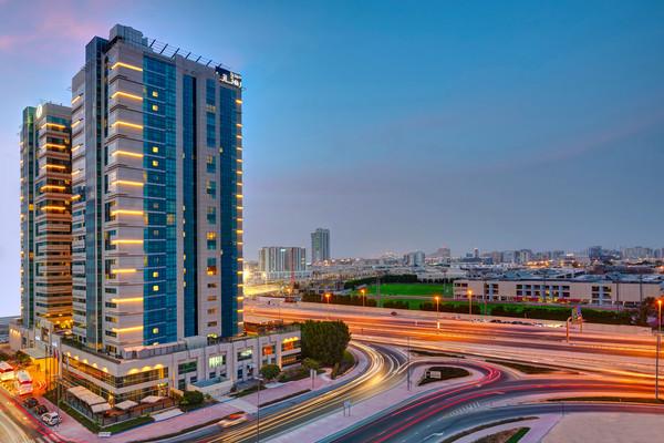 Facade - Hôtel Media Rotana 5* Dubai Dubai et les Emirats