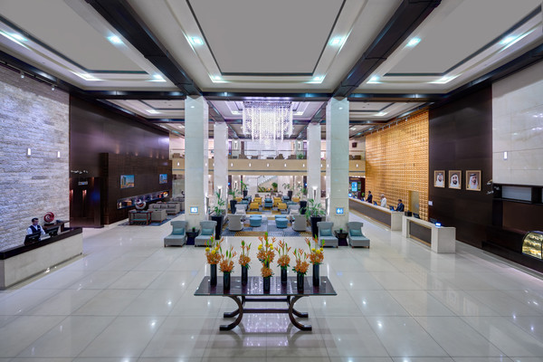 Hall - Hôtel Media Rotana 5* Dubai Dubai et les Emirats