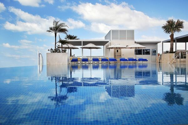 Piscine - Hôtel Grand Cosmopolitan 5* Dubai Dubai et les Emirats