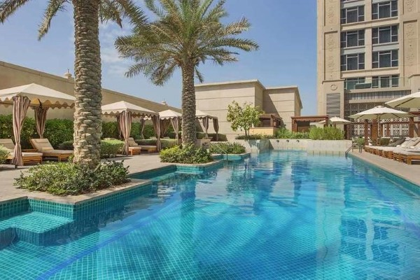 Piscine - Hilton Dubai Al Habtoor City 5* Dubai Dubai et les Emirats
