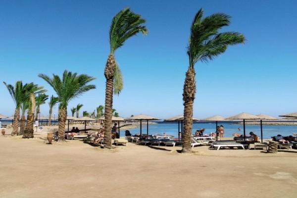 Plage - Hôtel Arabia Azur Resort 4* Hurghada Egypte