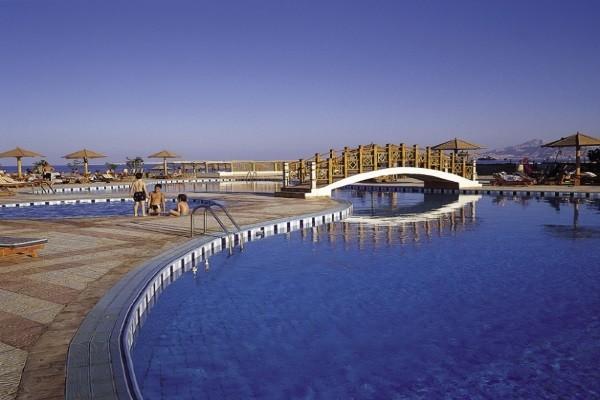 Piscine - Hôtel Charmillion Club Resort 5* Sharm El Sheikh Egypte
