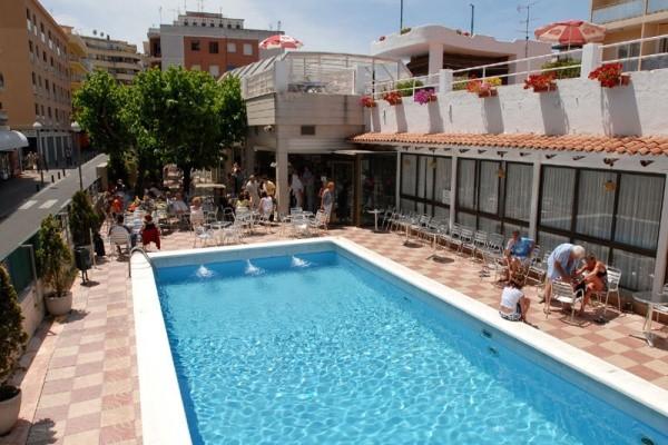 piscine - Maria Del Mar