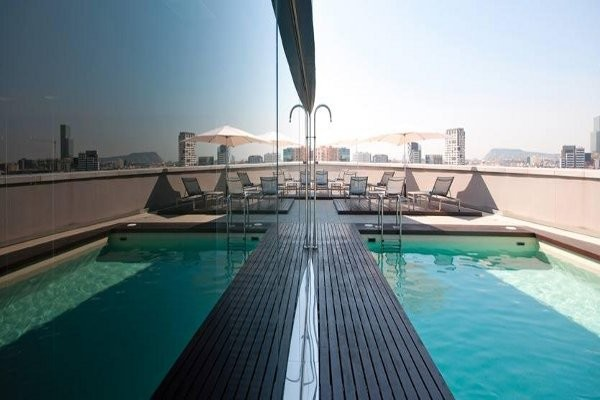 Piscine - Tryp Barcelona Condal Mar Hotel 4* Barcelone Espagne