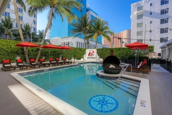 Piscine - Hôtel Red South Beach 3* sup Miami Etats-Unis