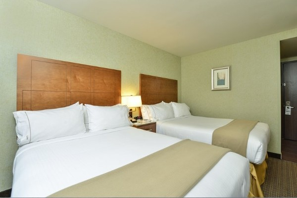 H tel holiday inn express midtown west new york etats unis for Hotel pas cher a ny