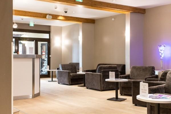 Reception - Hôtel Soleil Vacances Parc Hotel 4* Briançon France Alpes