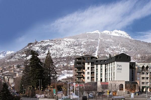 Vue panoramique - Hôtel Soleil Vacances Parc Hotel 4* Briançon France Alpes