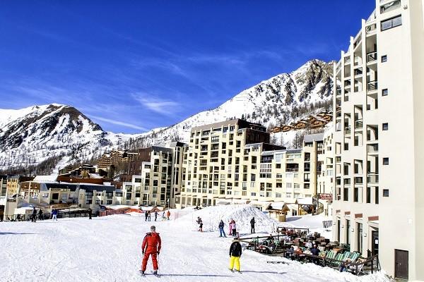 Vue panoramique - Hôtel Soleil Vacances Le Pas du Loup 3* Isola 2000 France Alpes