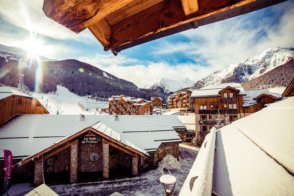 Facade - Résidence hôtelière Les Hauts de Préclaux Les Orres France Alpes
