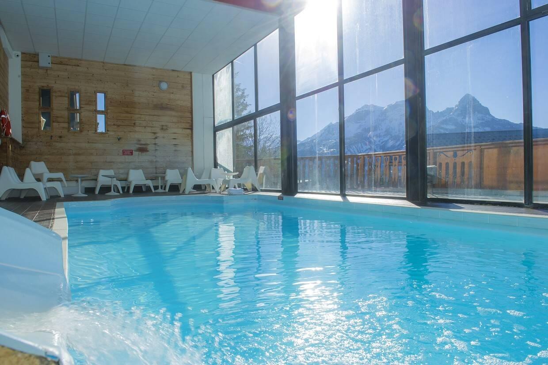 Piscine - Hôtel Les Bergers 3* Pra Loup France Alpes