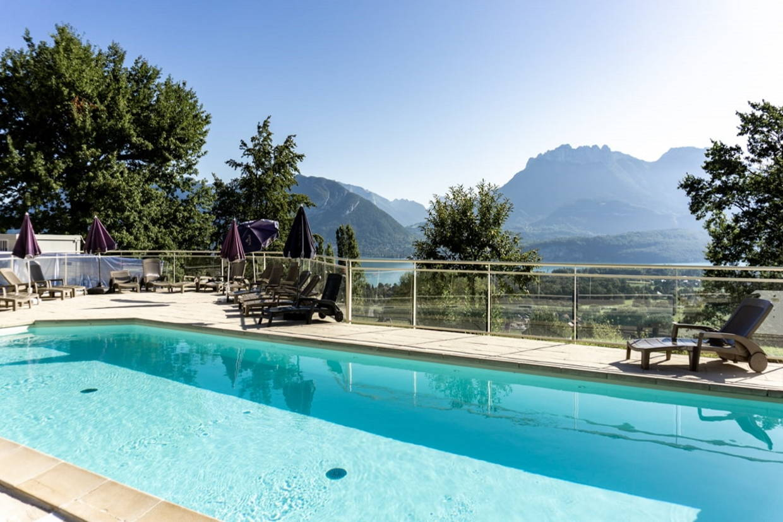 Piscine - Village Vacances Les Balcons du Lac d'Annecy 3* Sevrier France Alpes