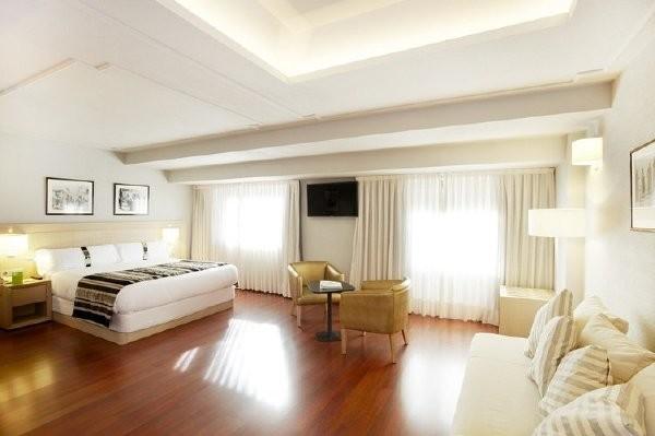 Chambre - Hôtel Holiday Inn Andorra 5* Andorre La Vieille France Andorre