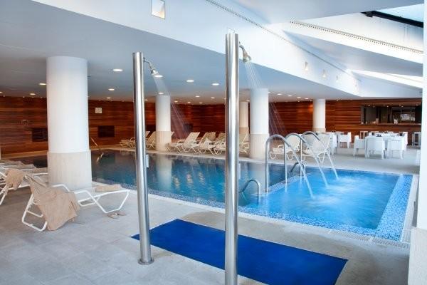 H tel park piolets mountain hotel spa 3n andorre soldeu for Piscine andorre