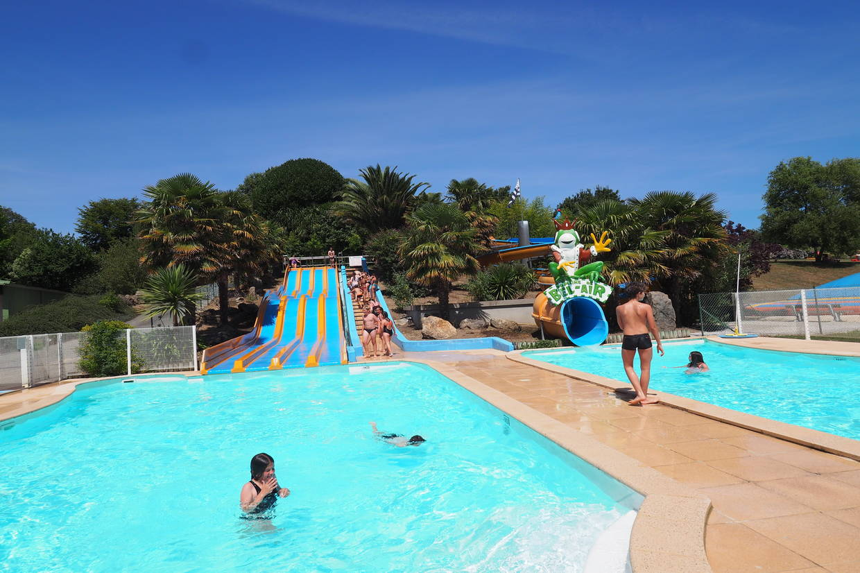 Piscine - Camping Camping Domaine de Bel Air Bretagne 5* Landudec France Bretagne