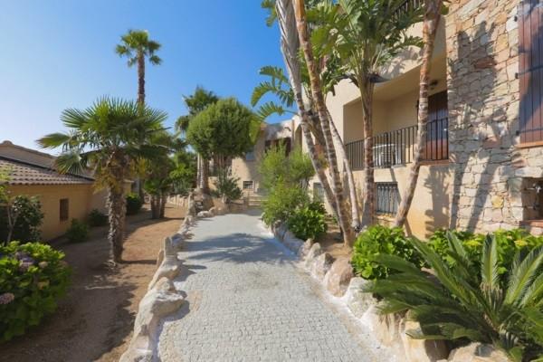 Facade - Appartement Marina d'Arone (sans transport) Ajaccio France Corse