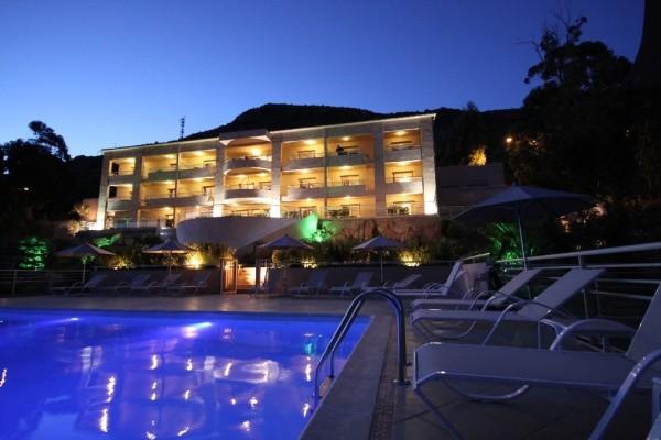 Piscine - Hôtel Costa Rossa 3* Ajaccio France Corse