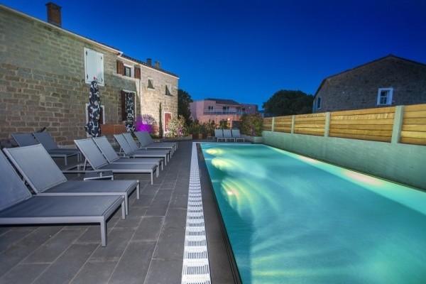 Piscine - Hôtel Le Golfe Piscine & Spa Casanera 4* 4* Ajaccio France Corse