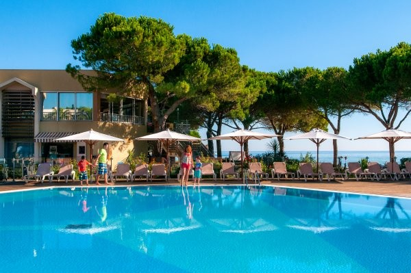 Piscine - Village Vacances Le Village des Isles Bastia France Corse