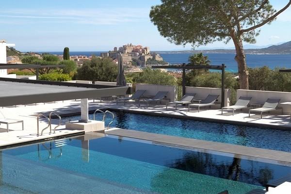 Piscine - Hôtel La Villa 5* Calvi France Corse