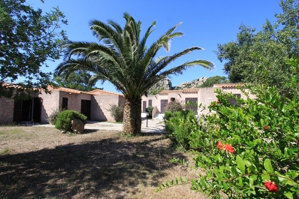 Facade - Résidence locative Sapa Di Cala (sans transport) Figari France Corse