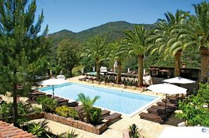 Vacances Serriera: Hôtel Domaine de l'Oriu