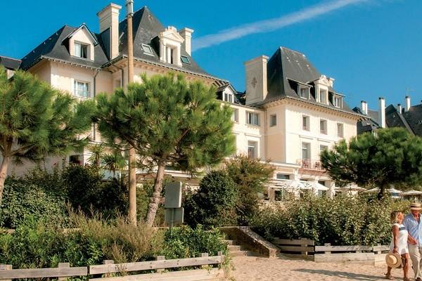 Facade - Hôtel Villa Caroline 3* La Baule France Cote Atlantique