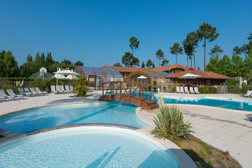 Vacances Parentis-en-Born: Hôtel Fram Résidence Sélection Les cottages du lac Biscarrosse