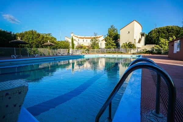 Piscine - Hôtel Qualité Hôtel, Restaurant & Spa Las Motas 3* Alenya France Languedoc-Roussillon