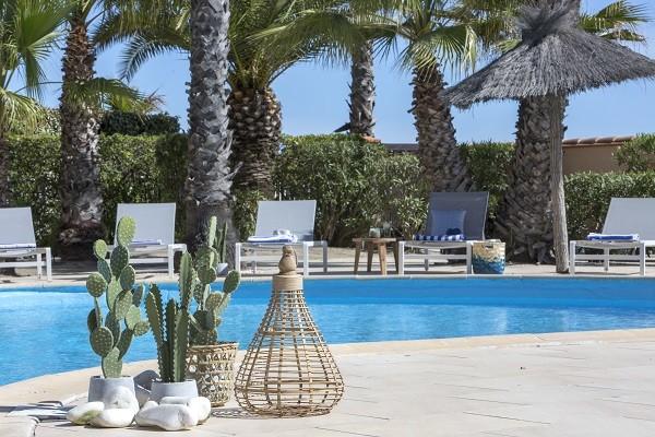 H tel les bulles de mer saint cyprien france languedoc for Hotel perpignan avec piscine