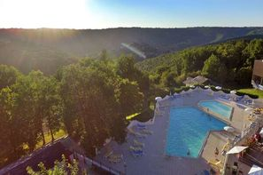 France Midi-Pyrénées-Najac, Village Vacances Fram Résidence Club Nature Aveyron