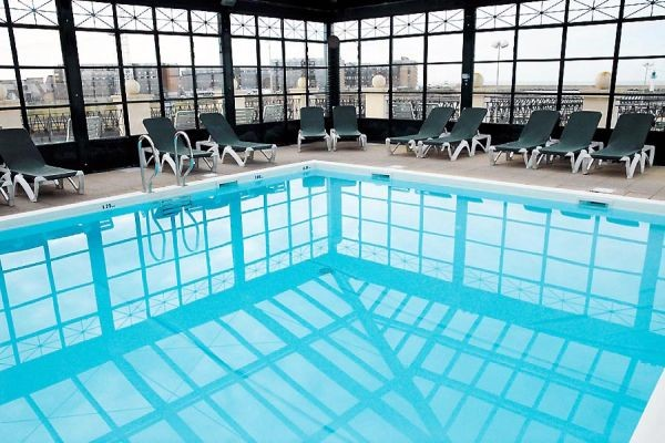 Piscine - Hôtel Beach Hotel 4* Trouville France Normandie