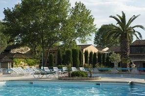 France Provence-Cote d Azur-Arles, Club Les Amandiers