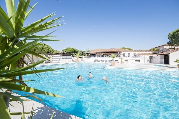 Piscine - Village Vacances Résidences du Colombier Vacances ULVF 3* Frejus France Provence-Cote d Azur