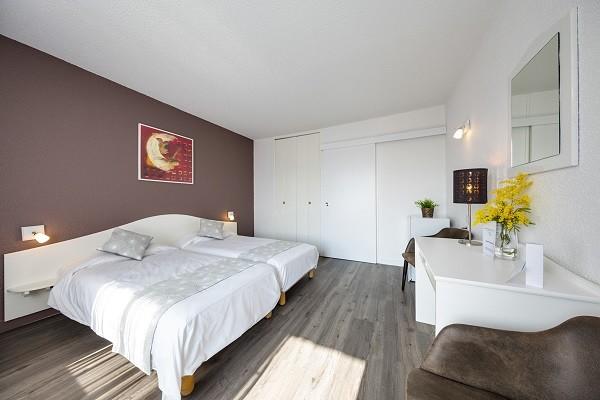 Chambre - Village Vacances Domaine de l'Olivaie Vacances ULVF 3* Gilette France Provence-Cote d Azur