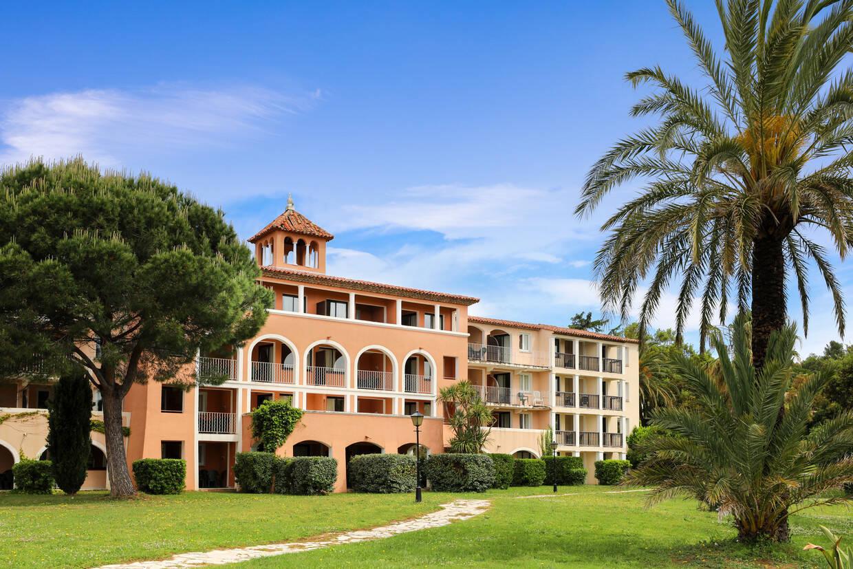 Facade - Résidence hôtelière Appart'hôtel Soleil Vacances 4* Grimaud France Provence-Cote d Azur