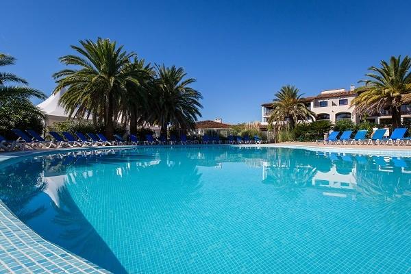 Piscine - Hôtel Soleil de Saint Tropez 4* Grimaud France Provence-Cote d Azur