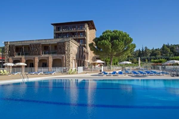 Facade - Hôtel Le Castel Luberon Vacances ULVF-Chambre standard 3* Luberon France Provence-Cote d Azur