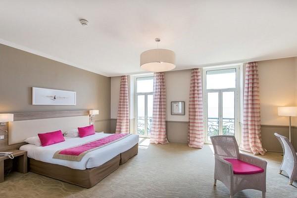 Chambre - Hôtel Royal Westminster 3* Menton France Provence-Cote d Azur