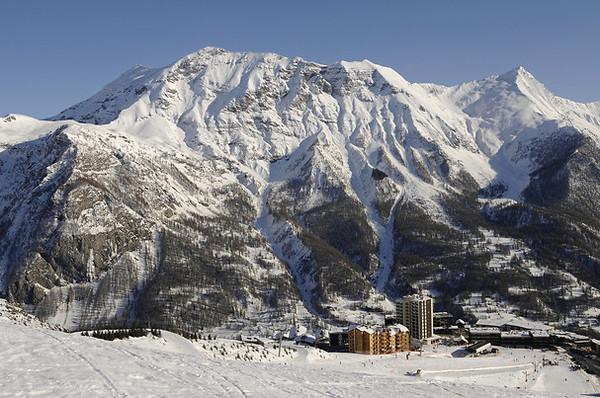 Vue panoramique - Village club d'Orcières 1850 + forfait et matériel de ski