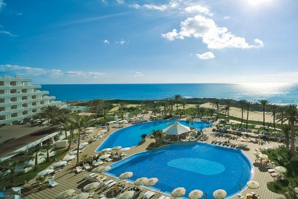 Piscine - Hôtel Riu Palace Tres Islas 4* Fuerteventura Fuerteventura
